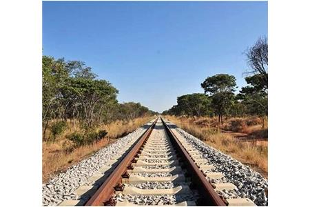 Chinas far-reaching group of southern Angolas construction of the main rail railway